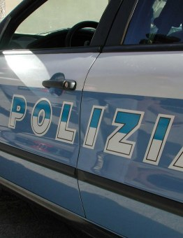 spari-polizia-napoli